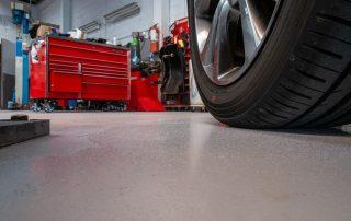Vloercoatings en gietvloeren voor zelfstandigen - automotive - voedingssector - kantoor en retail - industrie en magazijn