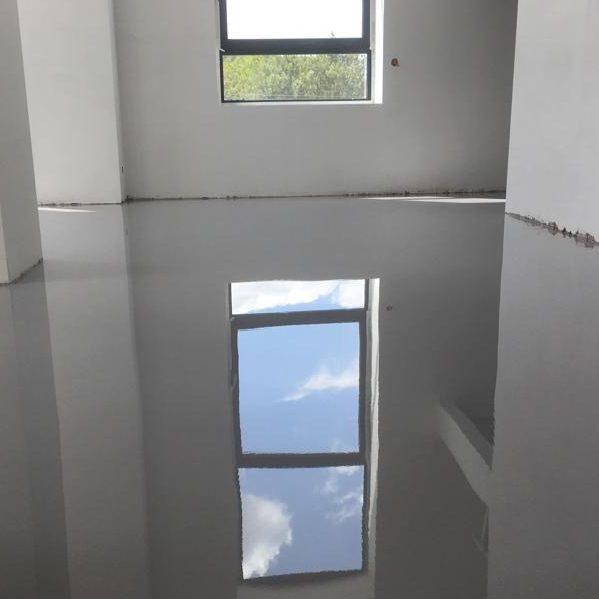 Duurzame vloercoatings en epoxy gietvloeren