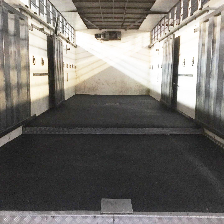 coating voor veewagens en containers